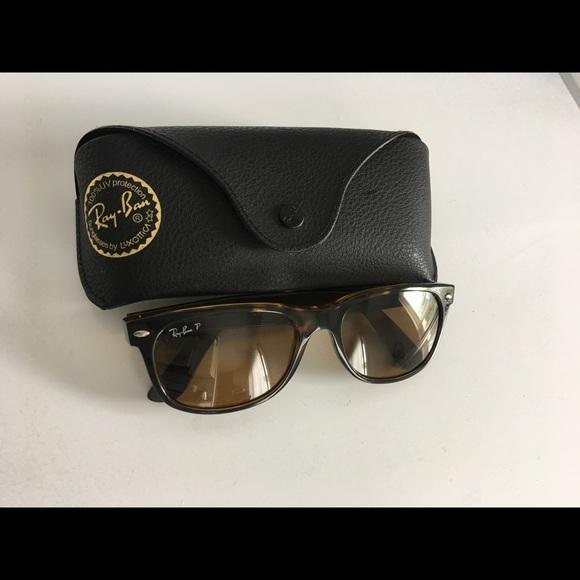 c9210214ed RAY-BAN RB2132 New Wayfarer Polarized Sunglasses. M 5b01ab9ba825a603d9e2ed1b